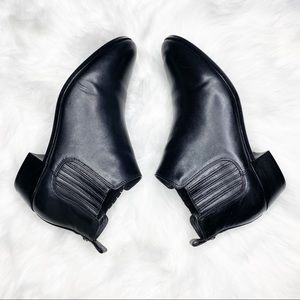 Michael Kors Black Leather Ankle Booties Size 9